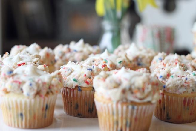 Funfetti Birthday Cake www.thepintopony.com