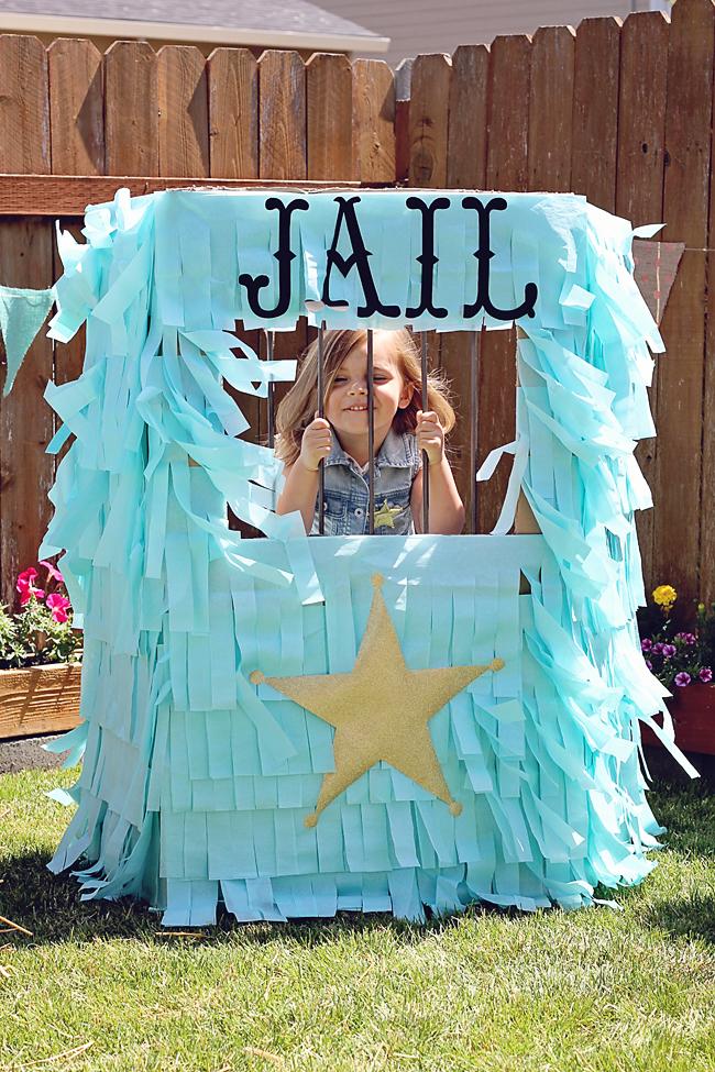 www.thepintopony.com  Sheriff Callie Jail