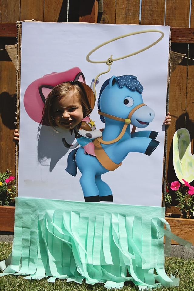 www.thepintopony.com  Sheriff Callie Party