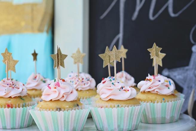 www.thepintopony.com Birthday Cupcakes